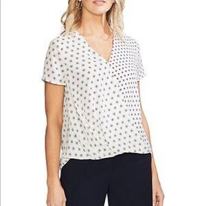 NWT Vince Camuto Fourld geometric faux wrap blouse